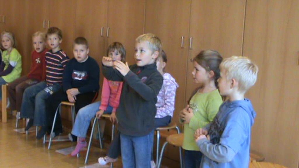 Folgende bilder zu kulturinitiative kinderstimme kinderlied e v